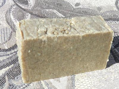 Solid Shampoo Bar for Oily Tree & Essential
